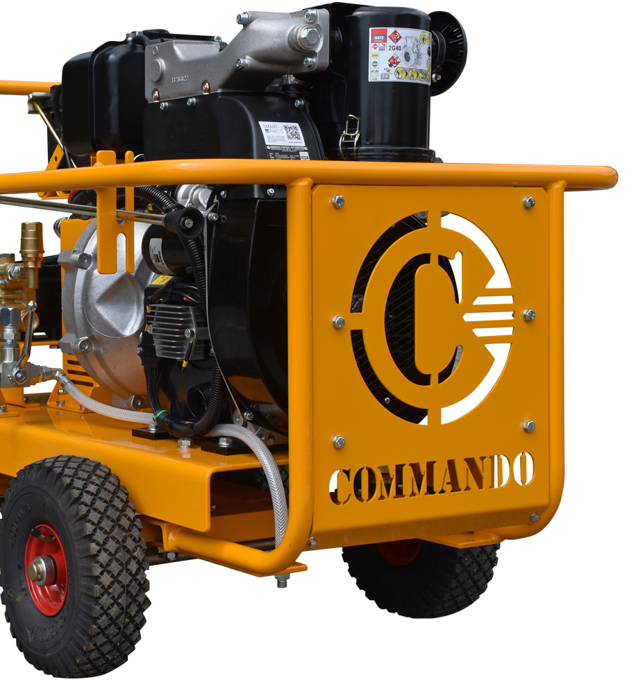 1000 Series Commercial Pressure Washer