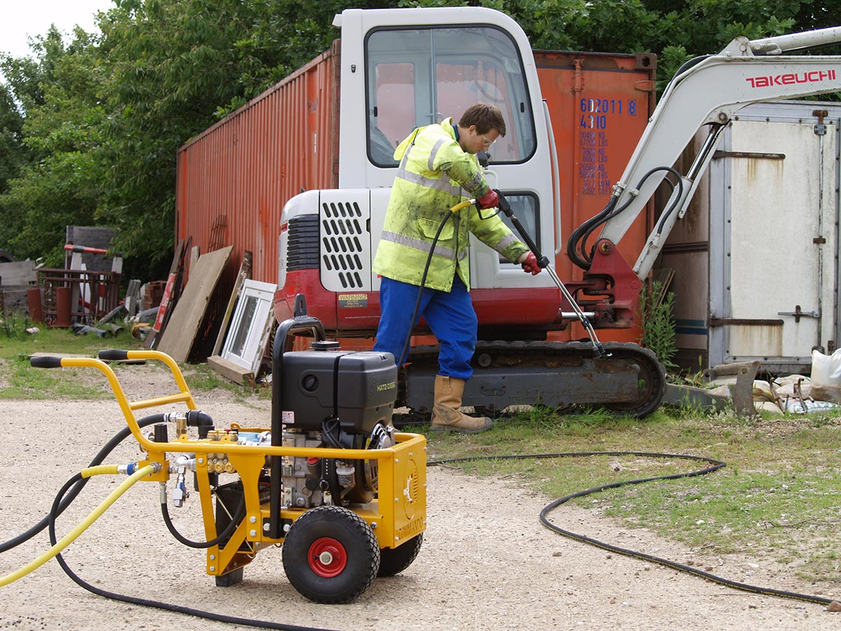 Pressure Washers for use in Construction