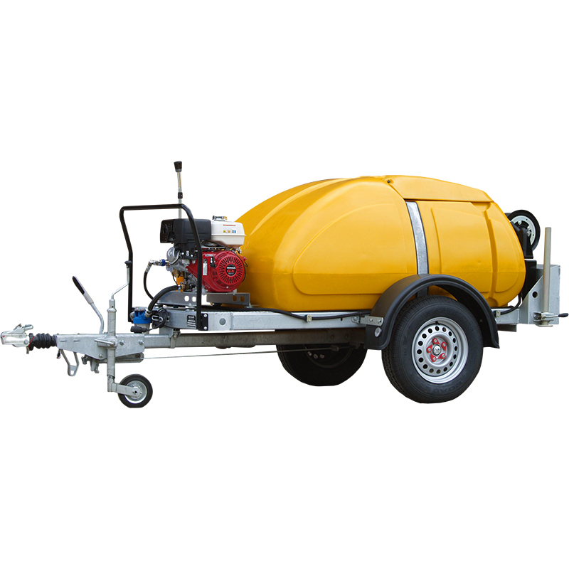4000 Series bowser mounted engine driven pressure washer