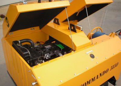 Liquid cooled 4 cylinder diesel engine