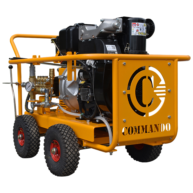 1000 series  mobile pressure washer for industrial and commercial applications