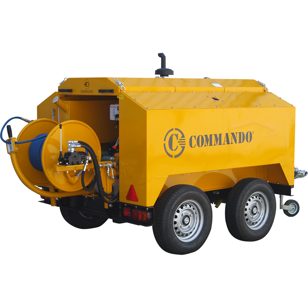 The 5000 Series is a robust pressure washer designed for industrial applications